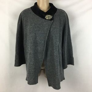 JM Collection Gray & Black Brooch Trim Cape L